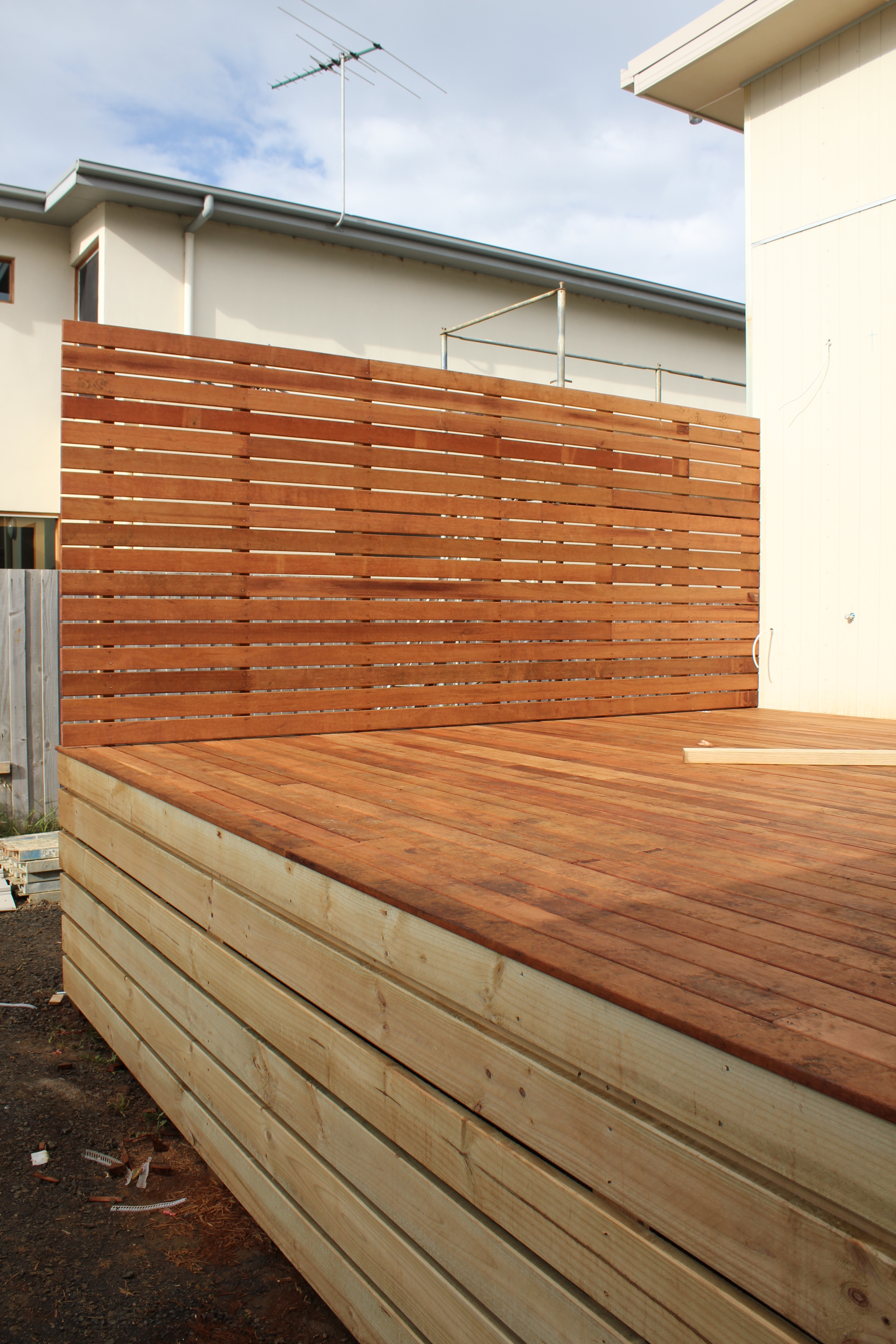 Decks and insulation completed lot 271 for Deck dividers for privacy